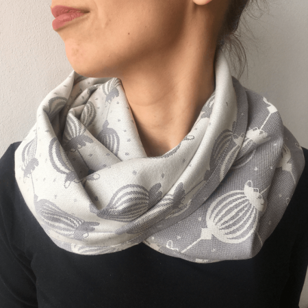 šálik_sestrice_poppy_grey_loop_scarf